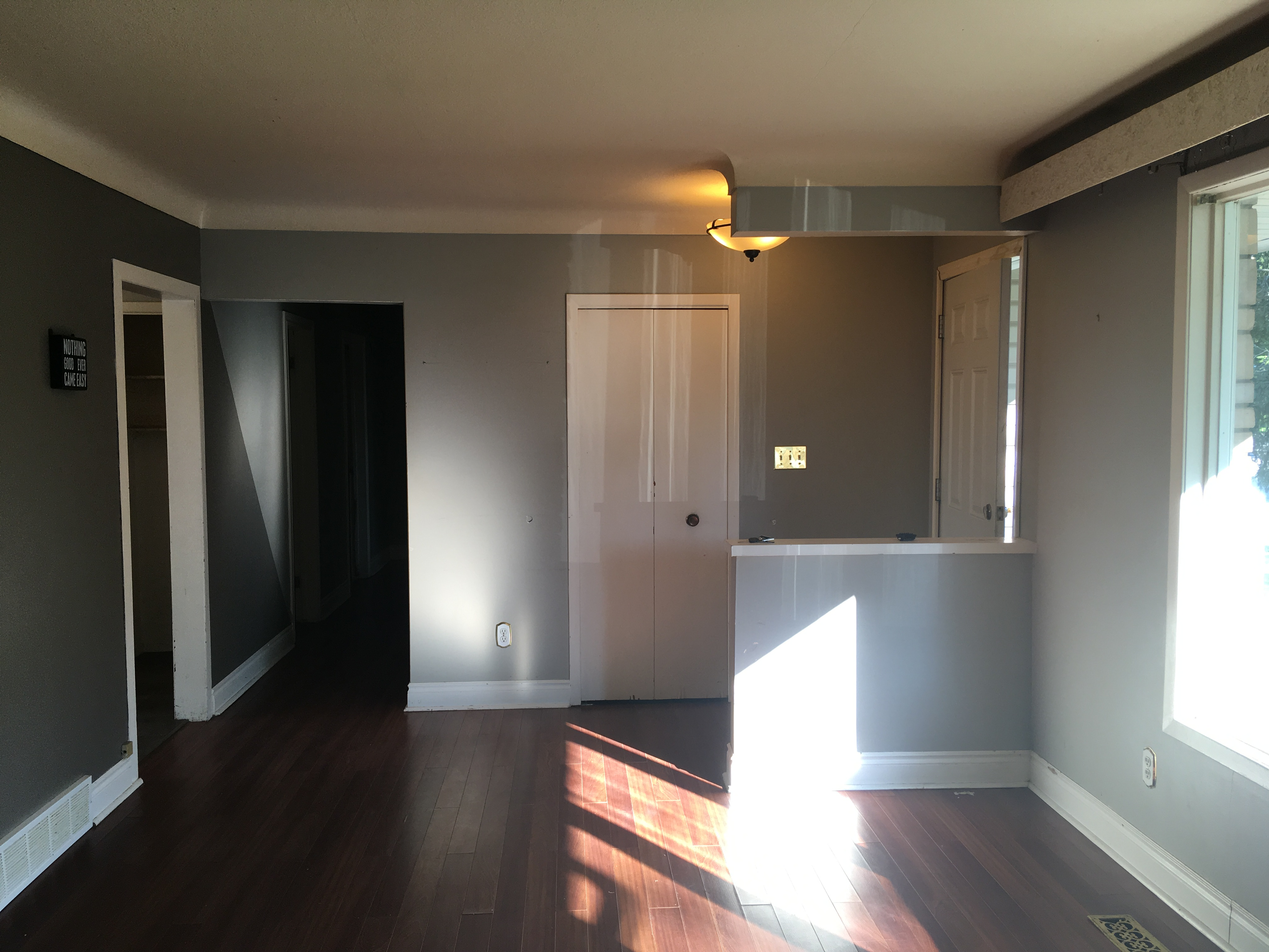 Great north end investment property st catharines real estate great potential to fix this 3 bedroom north end home up for yourself but probably will be bought for an investmentflip situation solutioingenieria Gallery